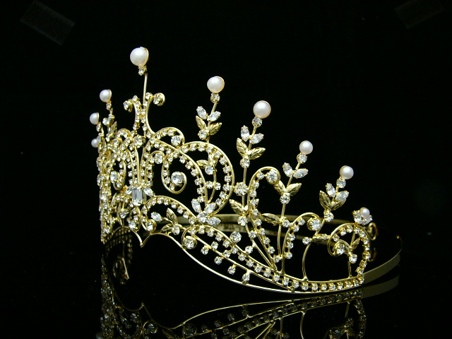 Pageant Rhinestones Crystal Pearl Wedding Tiara Crown 8420